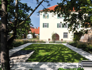 Travertin Bauhaus, Muschelkalk, Bodenplatten