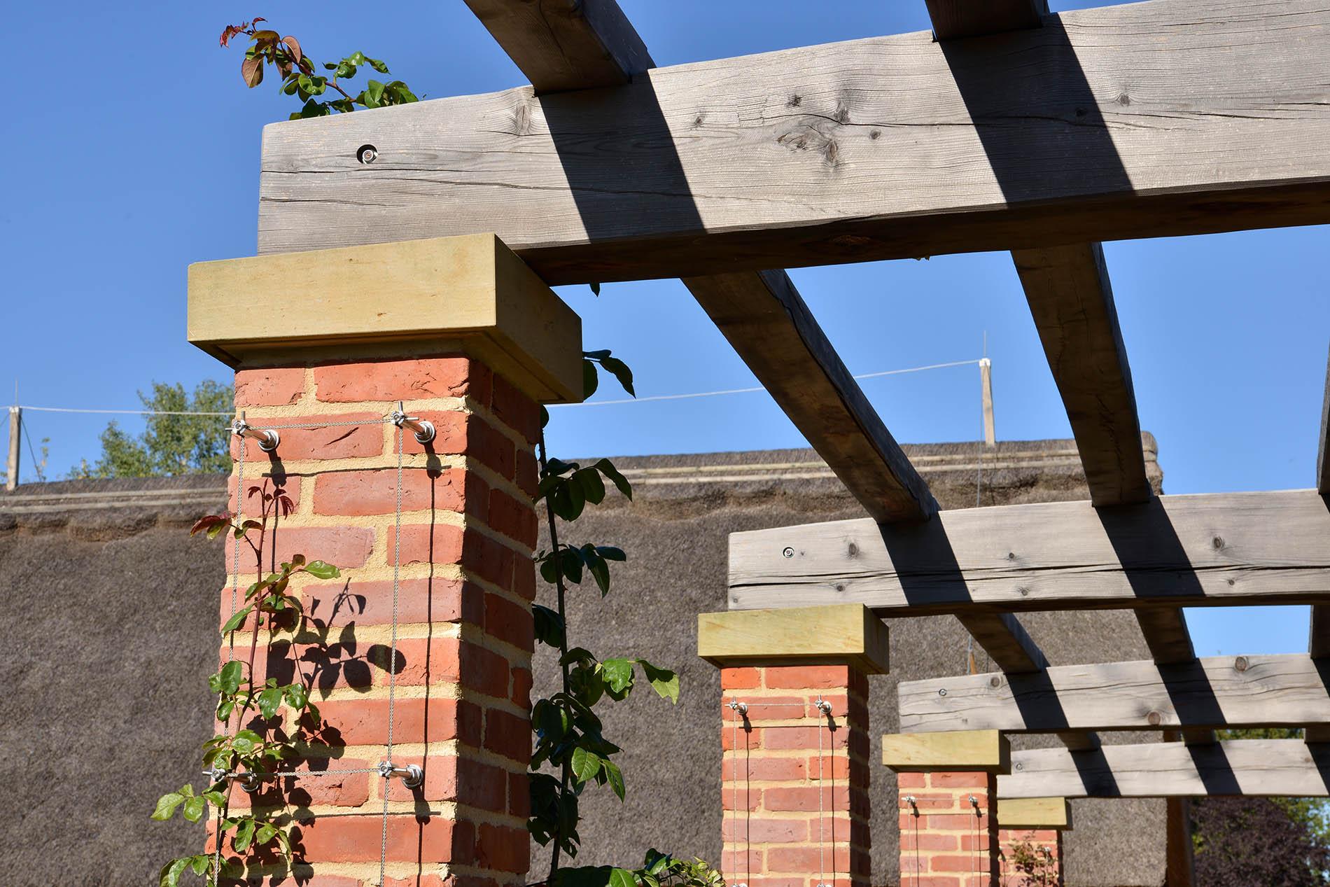 Gärten der Welt Englischer Garten Berlin Abdeckungen Abdeckplatten aus Seeberger Sandstein
