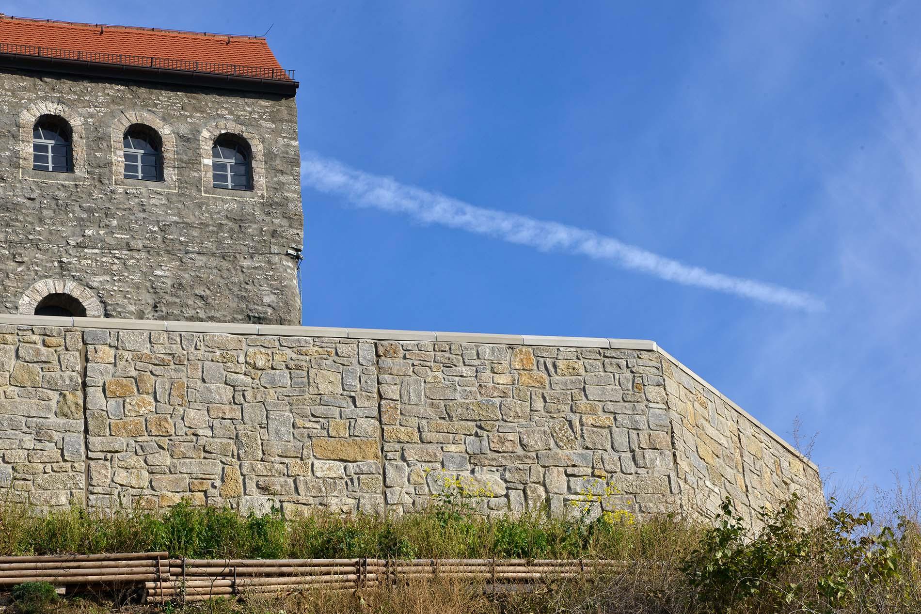 Hausmannsturm Bad Frankenhausen Mauersteine aus Muschelkalk von TRACO