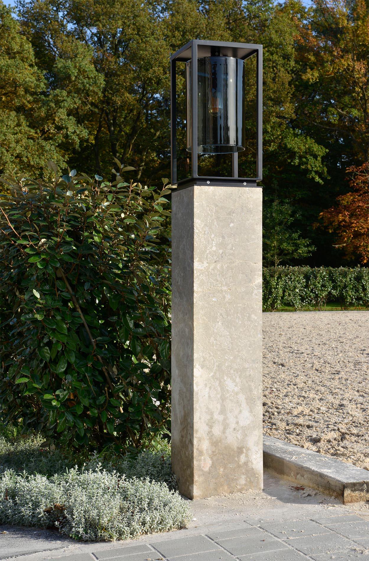 Pfeiler und Pflaster aus Limes Dolomit® von TRACO
