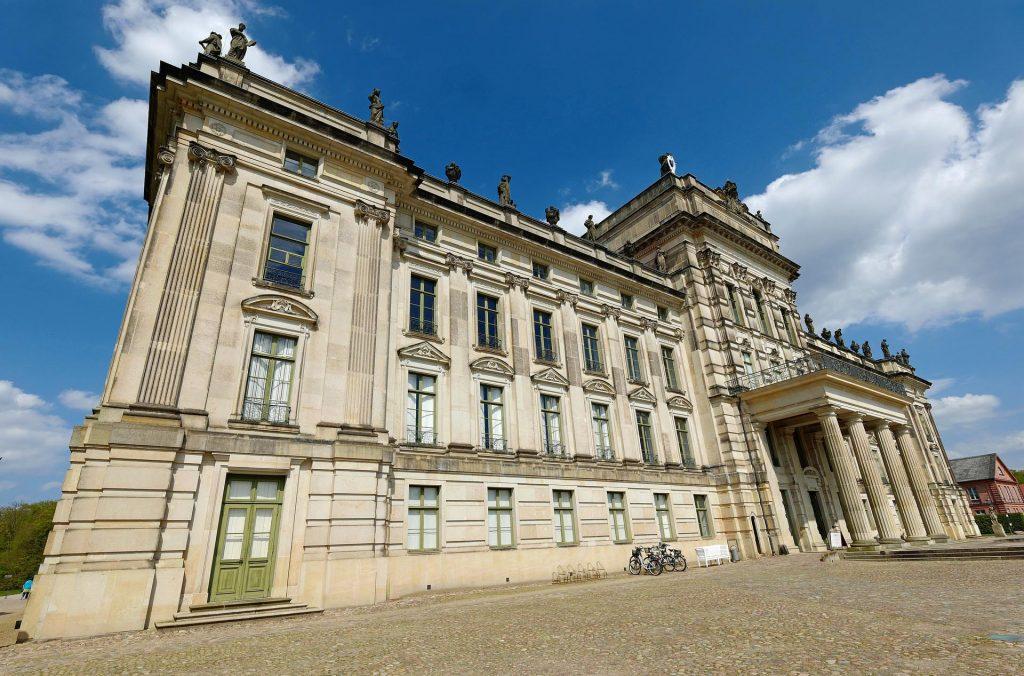 Schloss Ludwigslust - mit Steinmetzarbeiten von TRACO