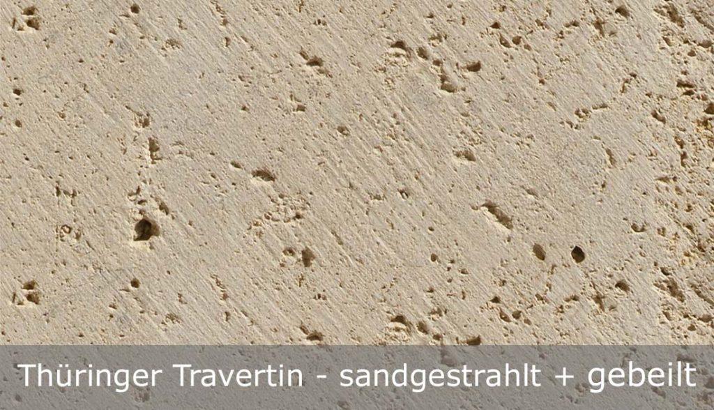 Thüringer Travertin mit sandgestrahlter + gebeilter Oberfläche