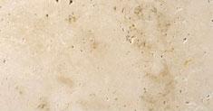 Detailansicht TRACO Naturstein Travertin Bauhaus hellbeige bis dunkelbeige mit polierter Oberfläche