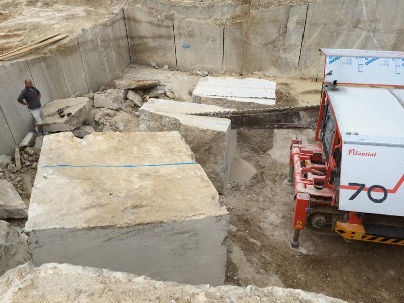 TRACO Steinbrucharbeiten