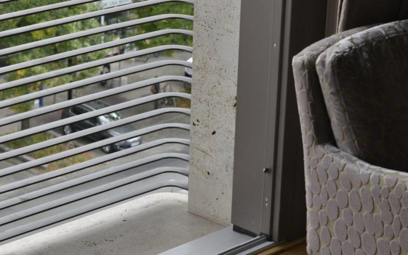 Ansicht von Innen Fassade aus Naturstein von TRACO