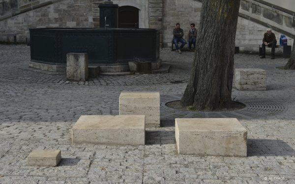 Pflaster und Steinelemente aus Natursteinen von TRACO