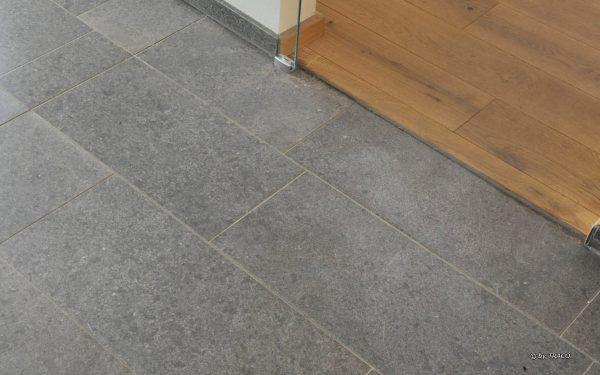 Bodenplatten aus Naturstein von TRACO
