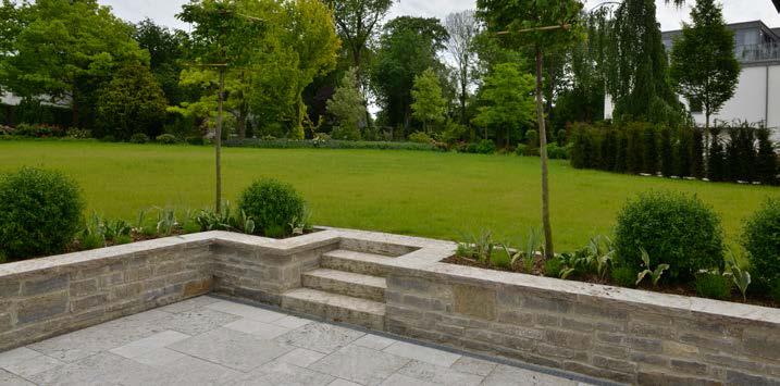 Mauersteine von TRACO als Gartenmauer