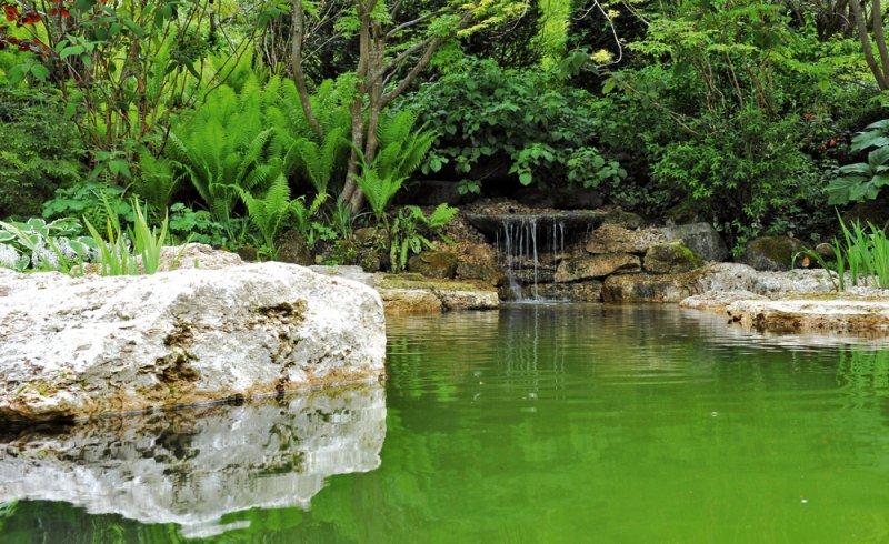 """TRACO """"Starnberger Travertin-Ufersteinen"""": Ökologisches Schwimmbad-System, Natur-Schwimmteich"""