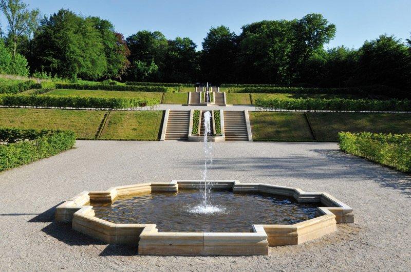 Seeberger Sandstein, Brunneneinfassungen, Wasserspiele
