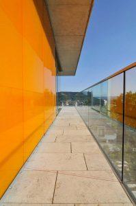 TRACO Natursteinkonzepte für private Villen