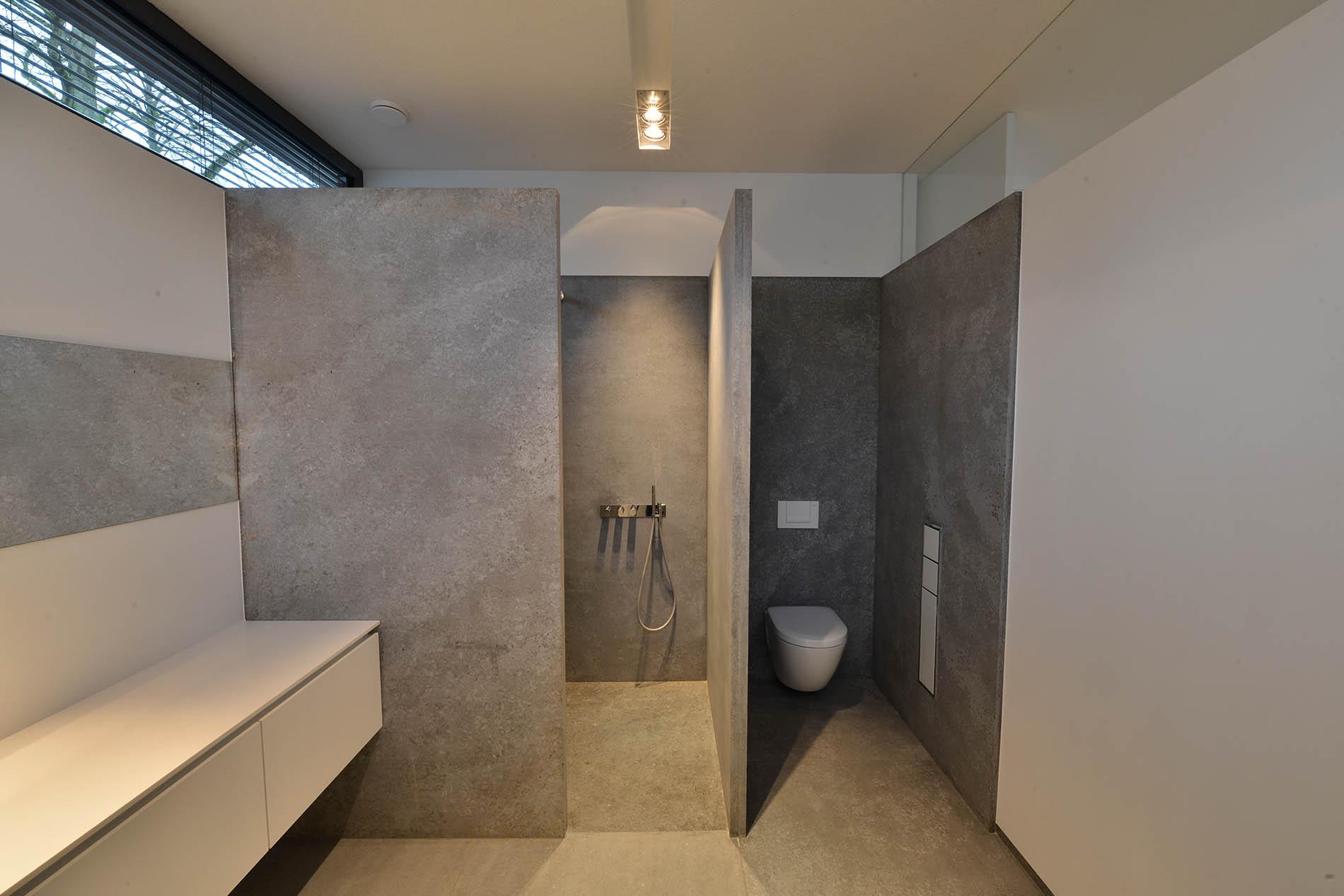 Dusche Bodenplatten Trittplatten Verkleidungsplatten aus Kohlplatter Muschelkalk von TRACO