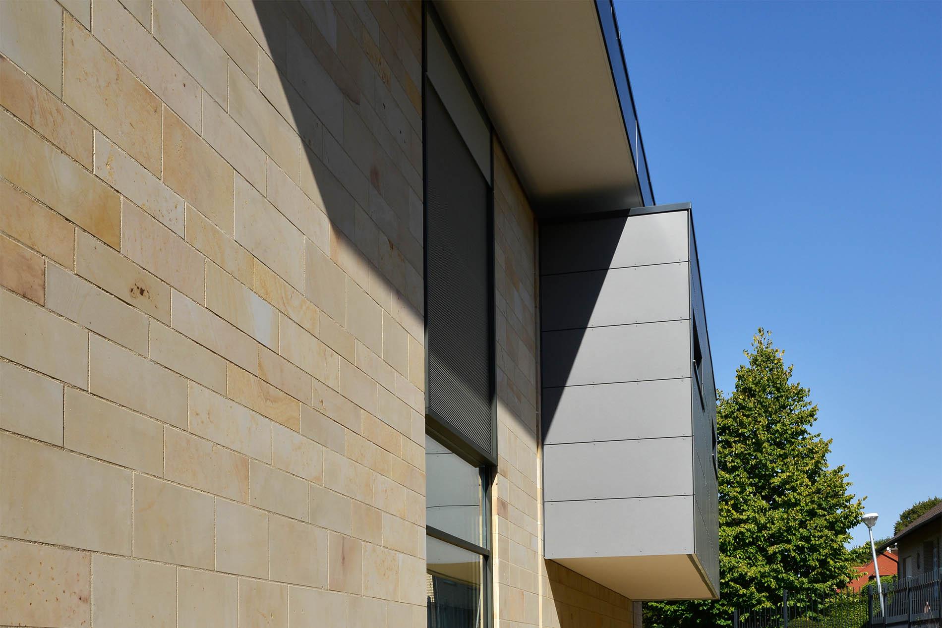 Fassadenplatten aus Seeberger Sandstein von TRACO