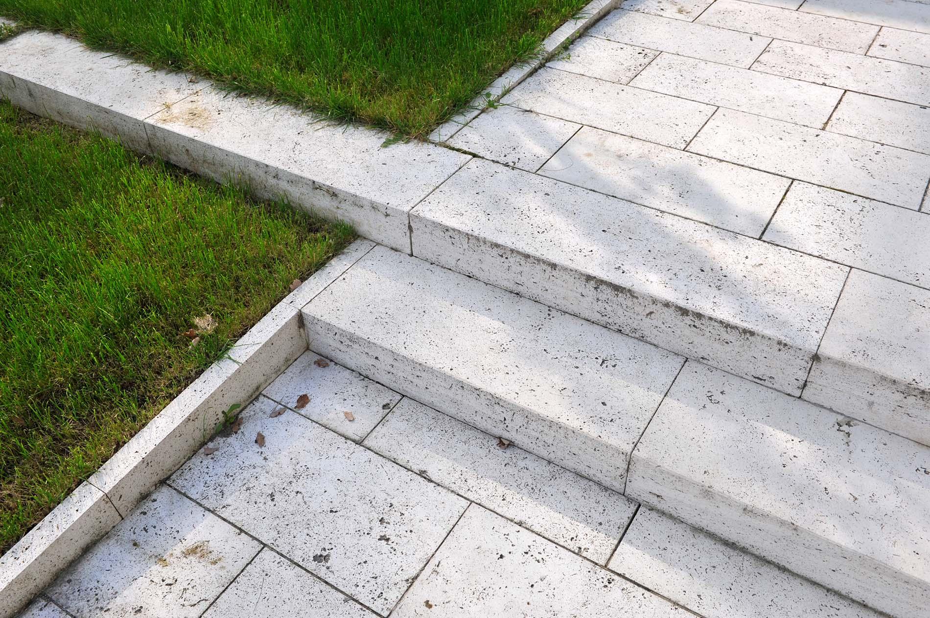 Rasenkantensteine traco for Rasenkantensteine bauhaus