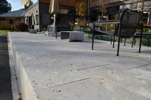 Terrassenplatten - Bodenplatten aus Limes Dolomit® von TRACO
