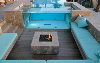 Naturstein Poolumrandung, Feuerstelle, Terrassenplatten, Blockstufen und Wandverkleidung aus Limes Dolomit®