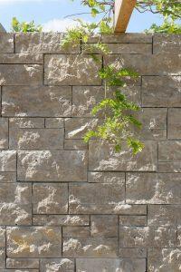 Landesgartenschau Würzburg 2018 mit Mauersteinen aus Limes® Dolomit