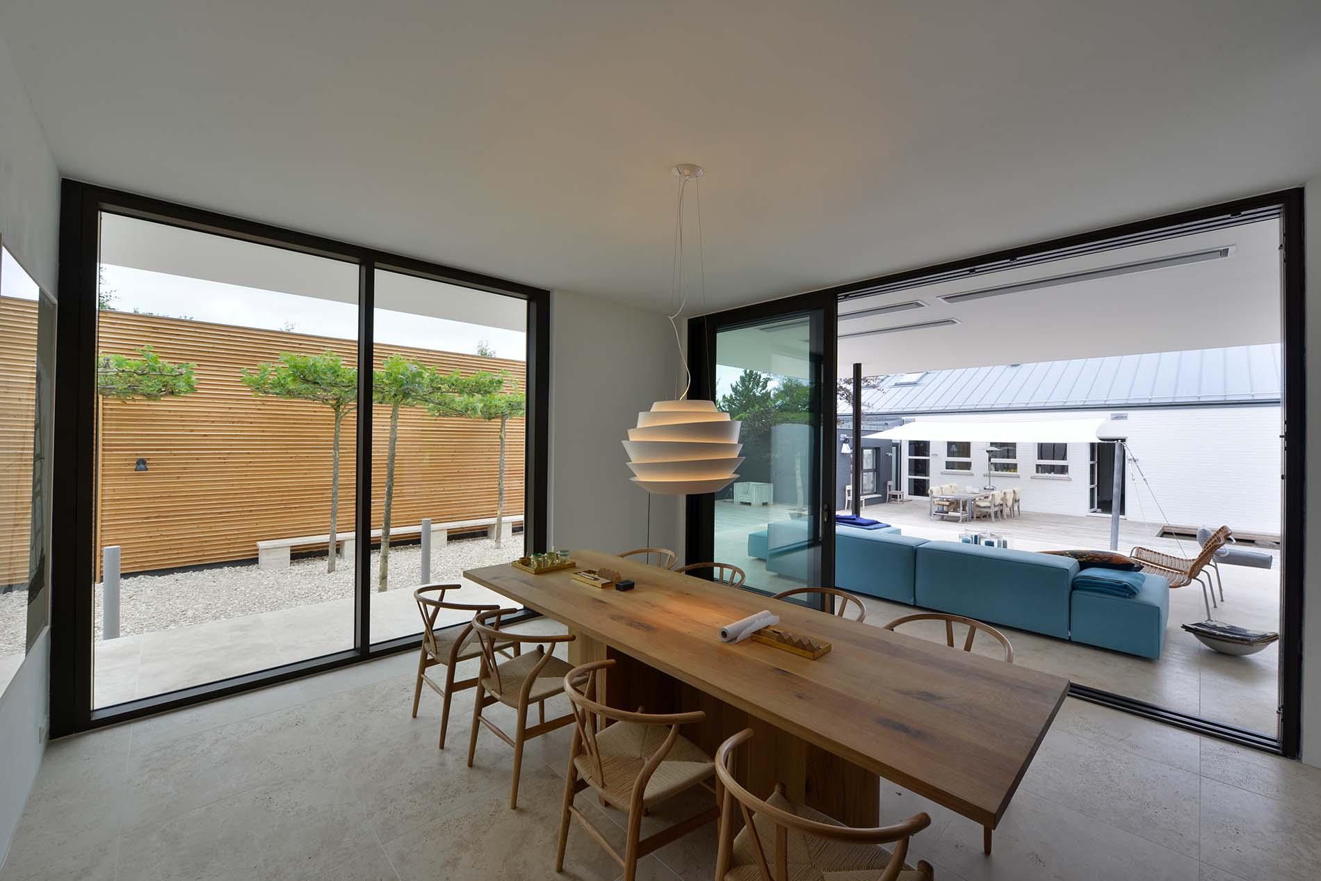 Bodenbeläge und Terrassenplatten aus Bauhaus Travertin